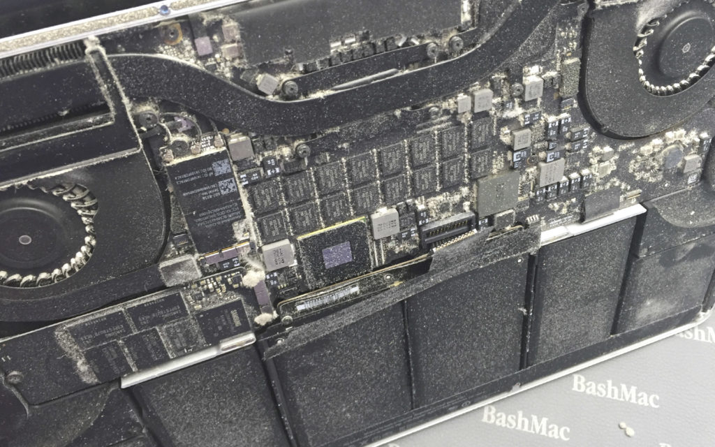Cleaning MacBook